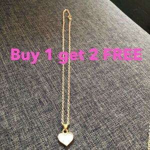 Jewelry - White heart necklace